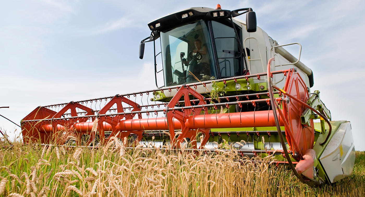Automatic lubrication system supports this agricultural equipment.